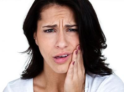 постоянный неприятный запах изо рта причины