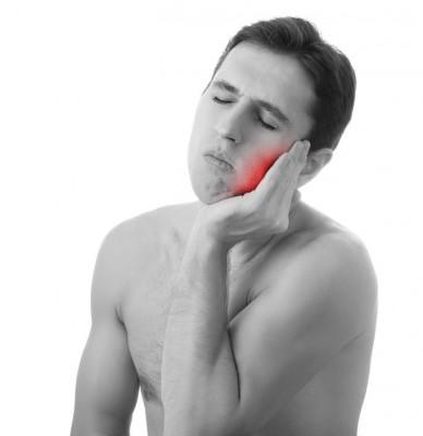 после удаления зуба опухла щека