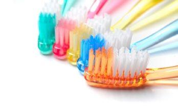 какая лучше зубная щетка
